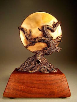 Photo of the World Fantasy Award, designed by Vincent Villafranca